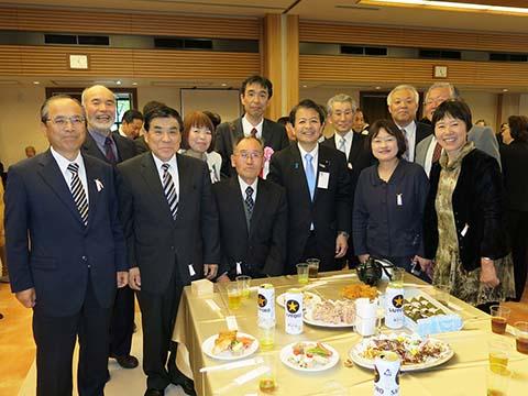 農林部会合同会議、農業基本政策検討PT、選挙制度問題統括本部、農林役員会、さくら祭り中央大会、日本経済再生本部、安全保障調査会、国家戦略本部に出席