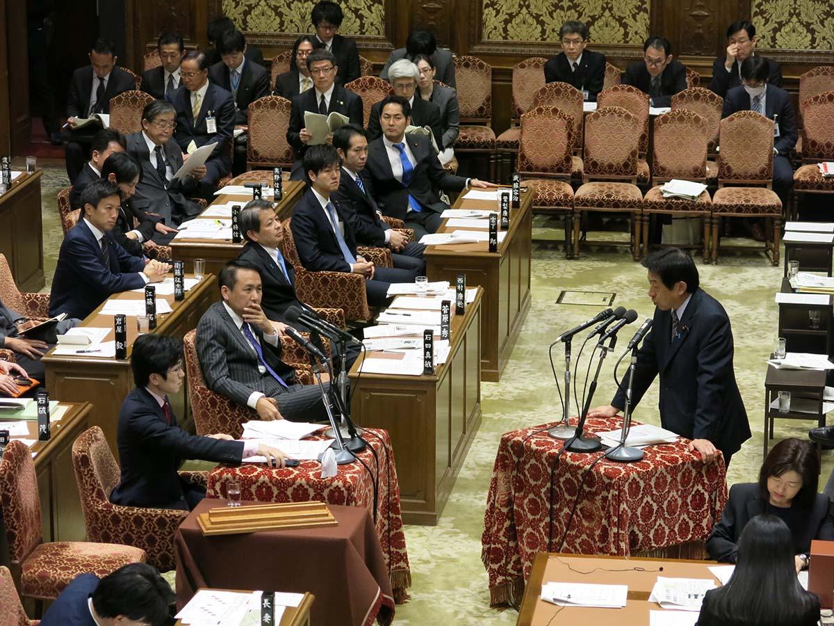 衆議院予算委員会で平成29年度予...